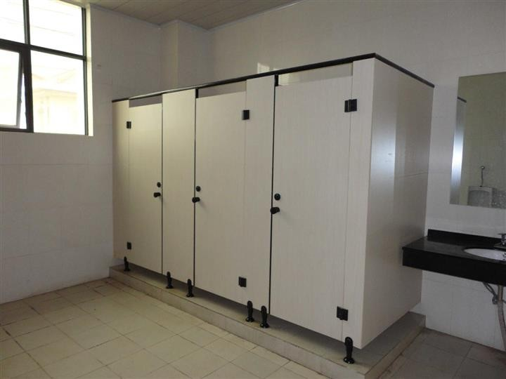 & Phenolic HPL Toilet Partition With Hardwares